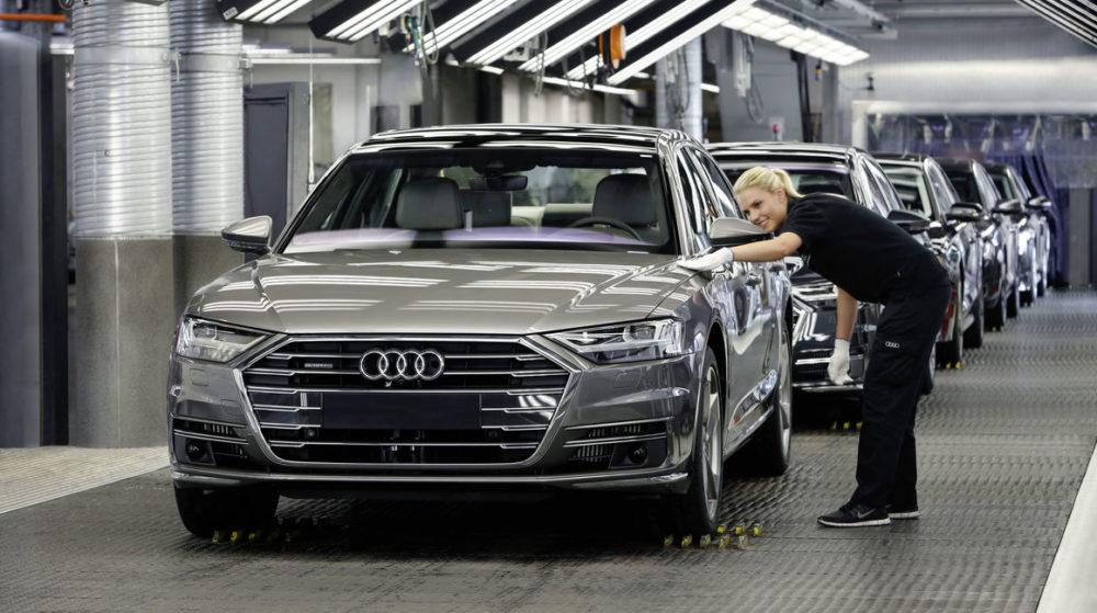 Nová Audi A8