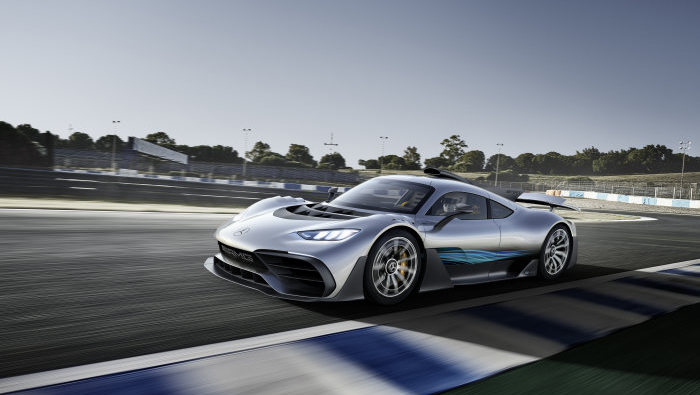 World-premire-of-the-Mercedes-AMG-Project-ONE-show-car-Mercedes-AMG-brings-Formula-1-technology-to-the-road
