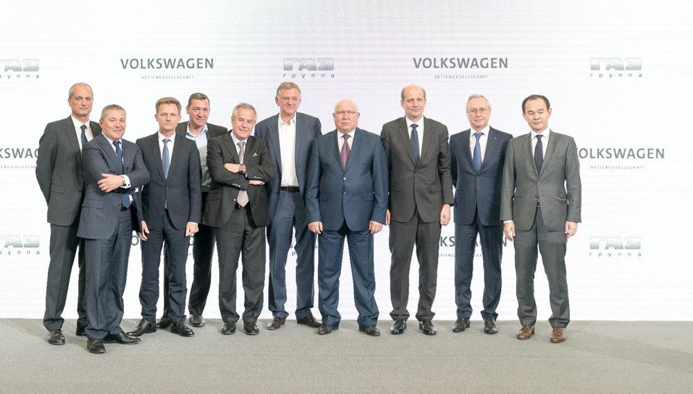 Volkswagen chystá koupit podíl v ruské automobilce GAZ