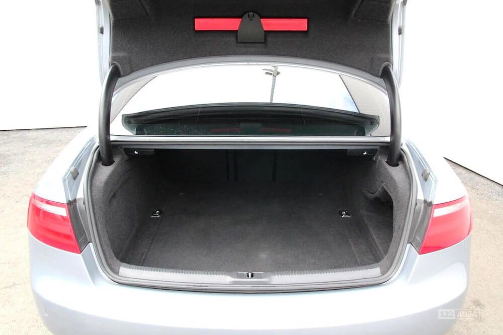 Audi A5 zavazadlový prostor